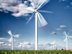 秦港首次承接进口风电业务